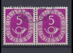Bund 125 waagerechtes Paar Posthorn 5 Pf gestempelt /3