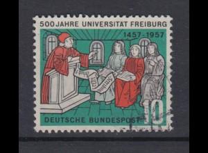 Bund 256 II mit Plattenfehler 500 Jahre Universität Freiburg 10 Pf gestempelt