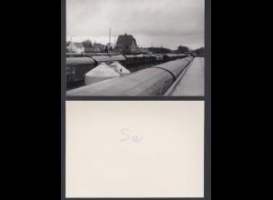 Foto hochglanz Bahnhof Siershahn mit Waggons