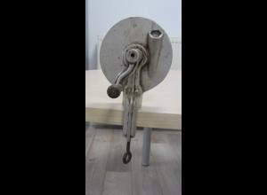 Alter Bohnenschneider Bohnenschnippler silber Aluminium