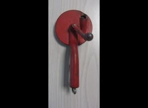Alter Bohnenschneider Bohnenschnippler rot Vintage Metallguß