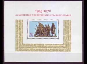 DDR Block 32 25. Jahrestag der Befreiung vom Faschismus 70 Pf postfrisch